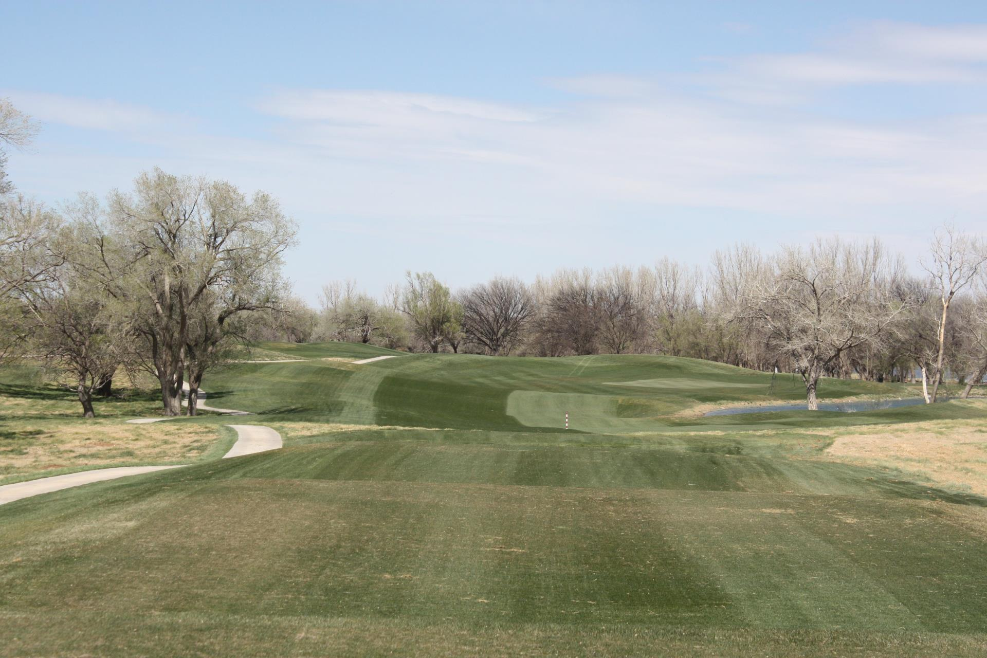 Mustang Golf Course 12